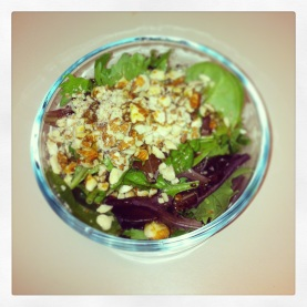 Easy Salad - Almonds and homemade dressing