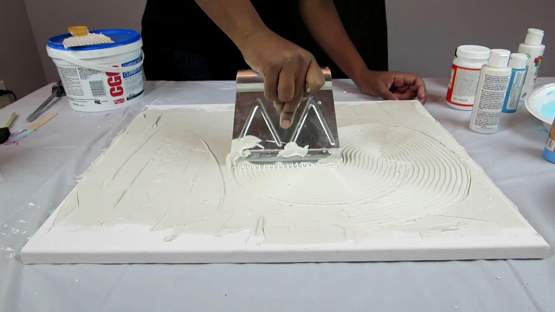 DIY Wall Decor With Drywall Compound   Use Adhesive Spreader To Make Swirls