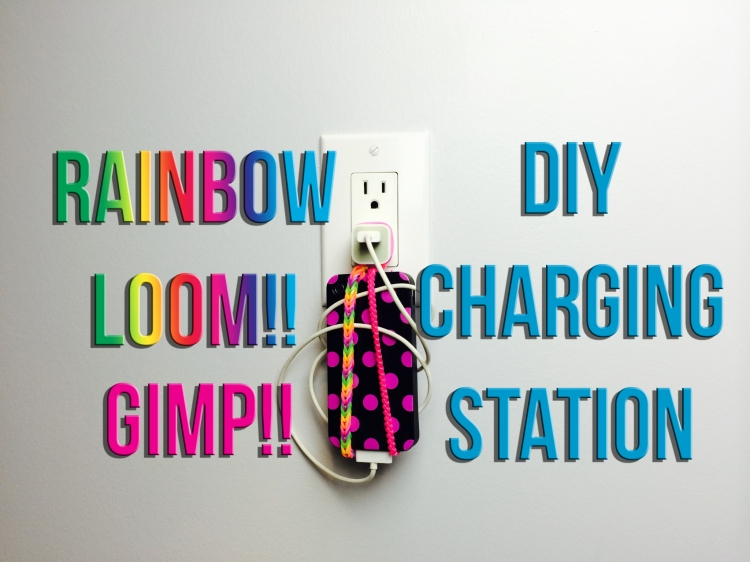 Rainbow Loom/GImp Phone Holder, Charging Station